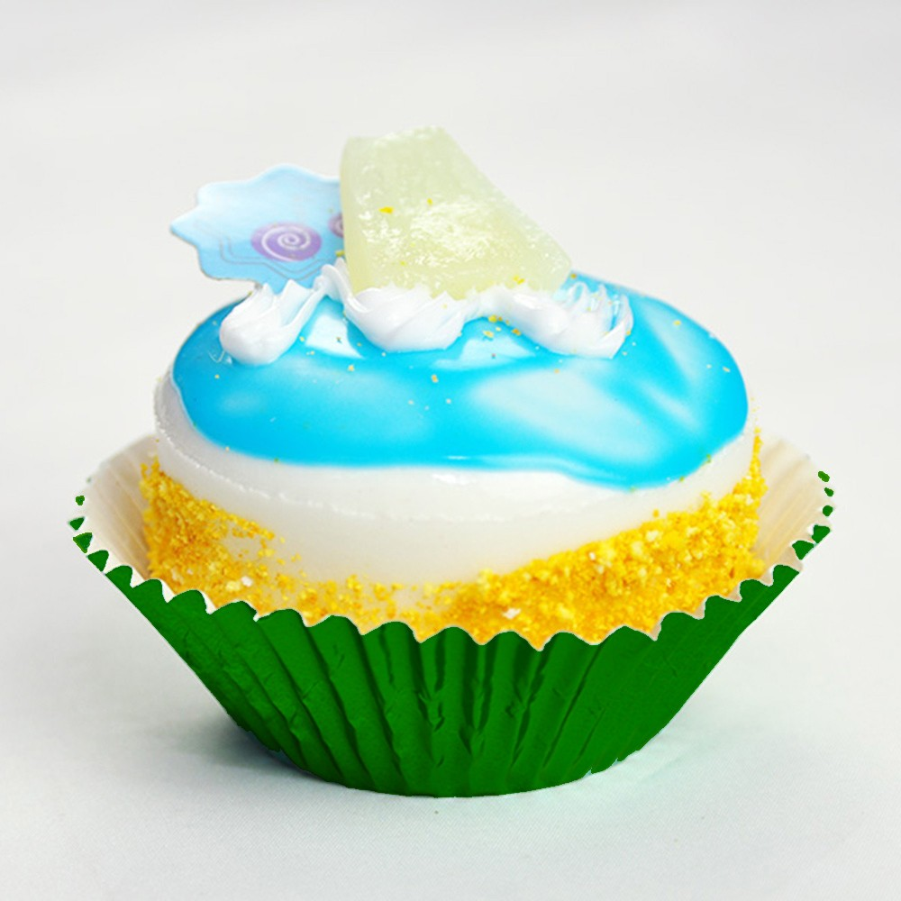 Shiny Foil Standard Size Baking Cupcake Liners (Green) (300 Liners/Lot)