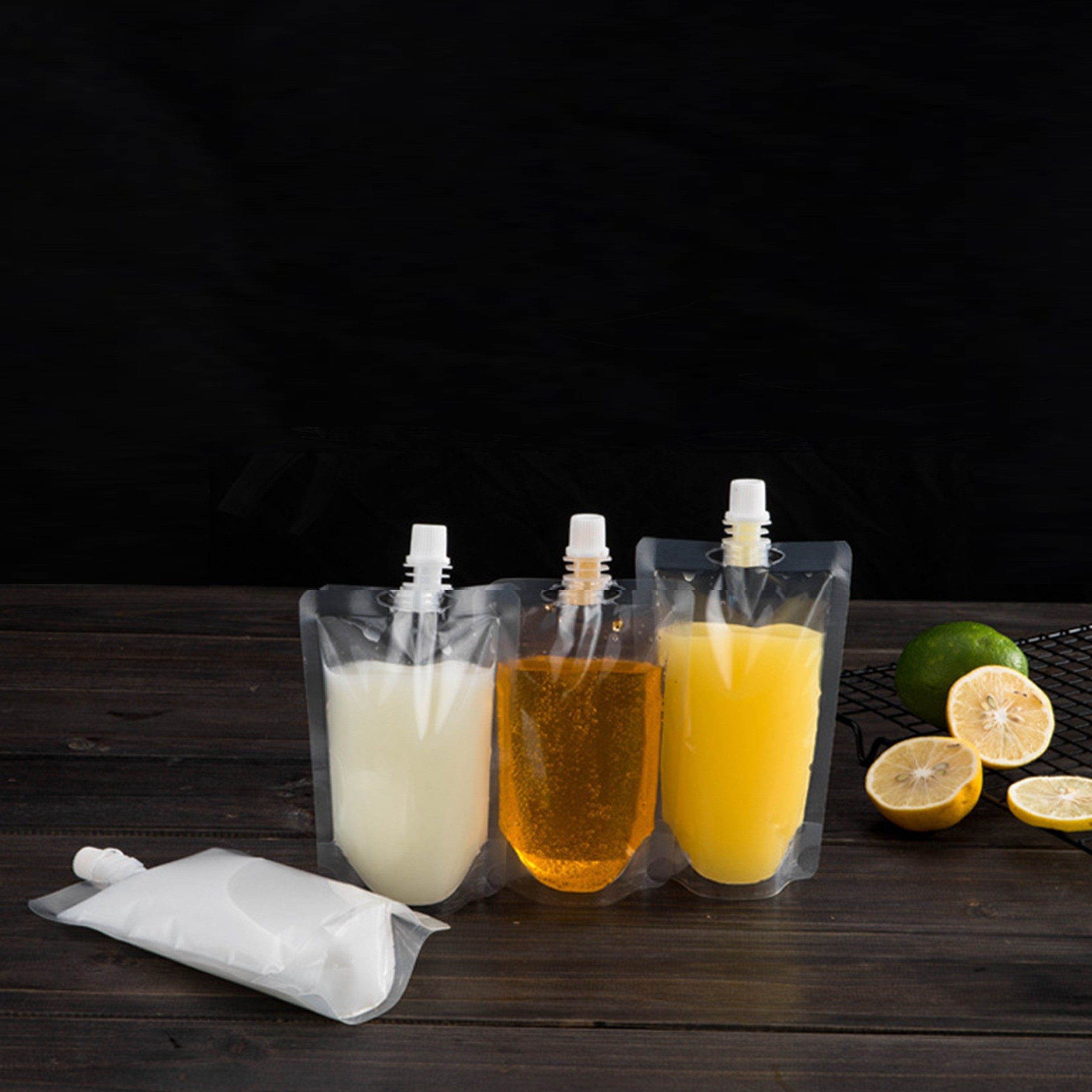 6.7 oz (200 ml) Transparent Clear Beverage Stand-Up Reusable Pouch with Screw Cap Spout Bottles (250 Bags/Lot)