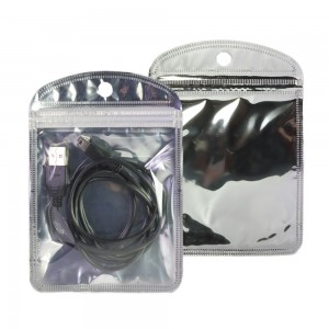 Clear and Silver Glossy Mylar Rounded Corner Ziplock Bag with Hang Hole 10 cm x 15 cm [4 inches x 6 inches] (500 Bags/Lot)