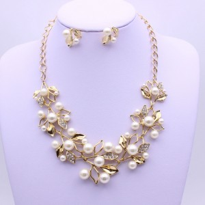 Gold Pearl Rhinestone Flower Statement Necklace - 80/Lot