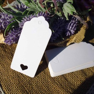 Decorative White Kraft Tag with Heart Cut Out for Rustic Themed Party Favors and Decorations (1.5 inches x 3.5 inches) [2130 Tags/Lot]