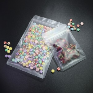 Frosted Opaque Semi-Clear Plastic Rounded Corners Flat Ziplock Bags 16 cm x 24 cm [6.3 inches x 9.4 inches] (500 Bags/Lot)